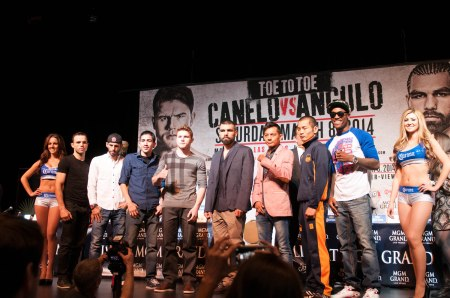 Canelo vs Angulo Final Press Conference 03 06 2014 (11 of 16)