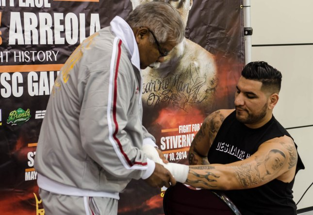 Arreola Press Workout  2014 (2 of 13)