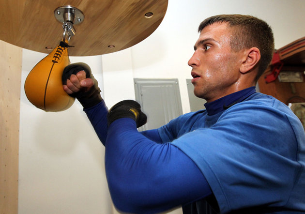 Vasyl Lomachenko on a speed bag