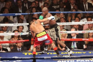 Floyd lands  a left